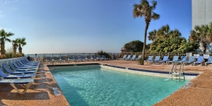 Oceanfront Captain's Quarters Pool