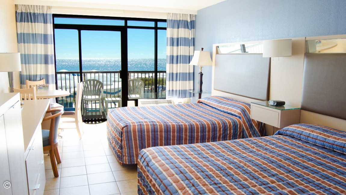 Cozy Rooms & Suites at hotel BLUE, A South Myrtle Beach Hotel