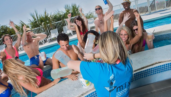 Amenity Spotlight: MIXX Swim-Up Pool Bar